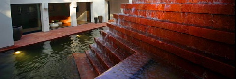 Fountain designed by Barragan in Beverley Crest home. (Spencer Weiner / Los Angeles Times)