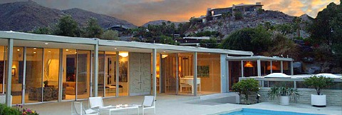 Mid century modern vacation rental in the Hollywood hills.