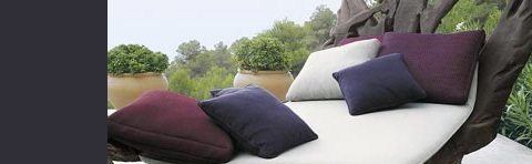 Paola Lenti outdoor furniture, furnishings, carpets and accessories.